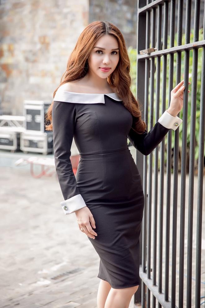 Pham Huong va dan sao Viet sanh dieu di cham thi The Face hinh anh 7