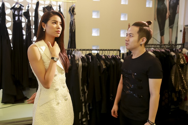 Huan luyen vien The Face lam stylist cho thi sinh o tap 2 hinh anh 4
