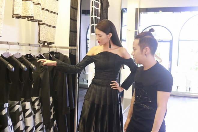 Huan luyen vien The Face lam stylist cho thi sinh o tap 2 hinh anh 7
