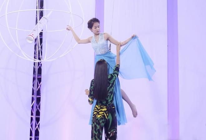 An Nguy lien tuc bi Pham Huong mang vi tao dang xau hinh anh 2