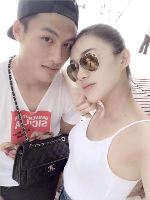 Le Ha - Mac Hong Quan tung yeu nhau anh 4