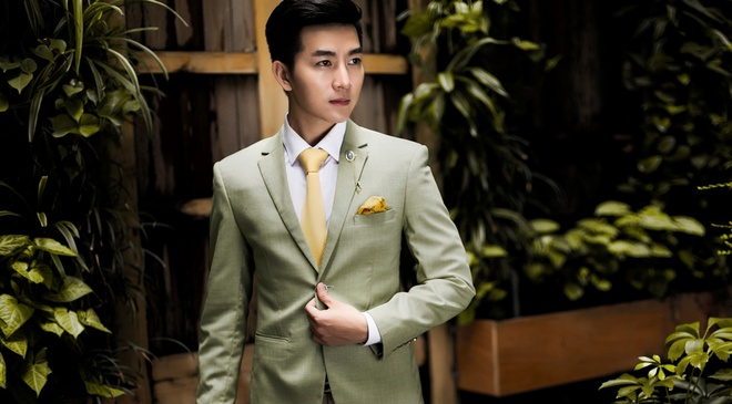 VJ Nam Hee goi y 5 bo vest lich lam cho cuoi tuan hinh anh