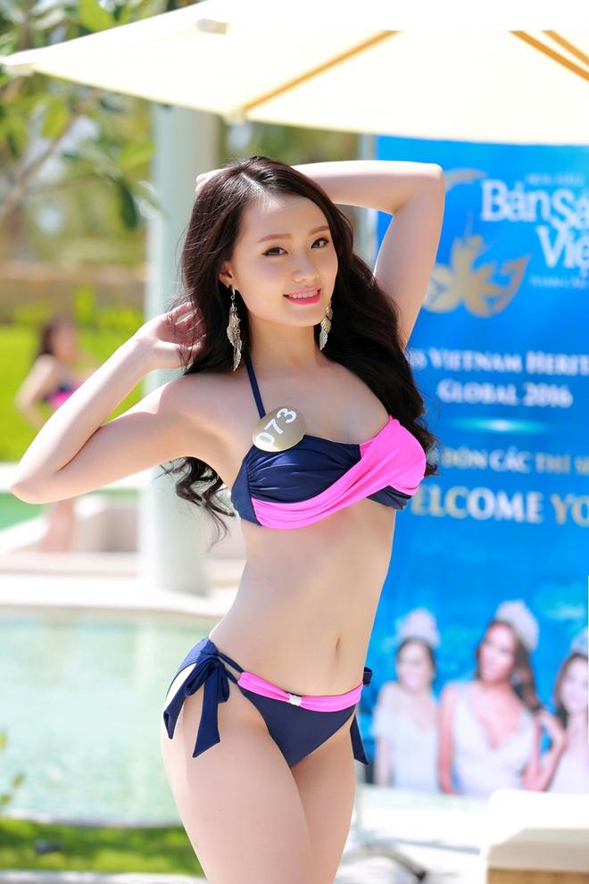 Nguoi dep HH Ban sac Viet dien bikini goi cam hinh anh 6