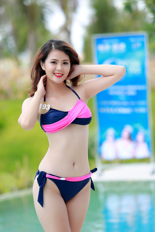 Nguoi dep HH Ban sac Viet dien bikini goi cam hinh anh 10
