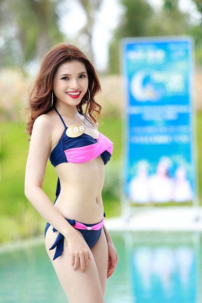 Nguoi dep HH Ban sac Viet dien bikini goi cam hinh anh 14