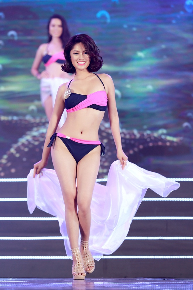 Thi sinh HH Ban sac Viet trinh dien bikini trong dem ban ket hinh anh 6