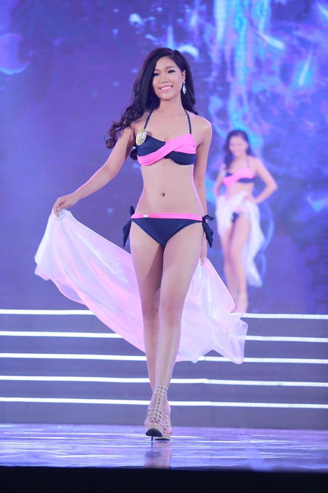 Thi sinh HH Ban sac Viet trinh dien bikini trong dem ban ket hinh anh 7