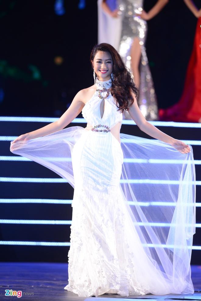 Top 10 Hoa hau Ban sac Viet trinh dien dam da hoi hinh anh 1