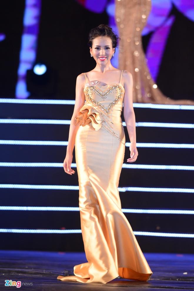 Top 10 Hoa hau Ban sac Viet trinh dien dam da hoi hinh anh 7