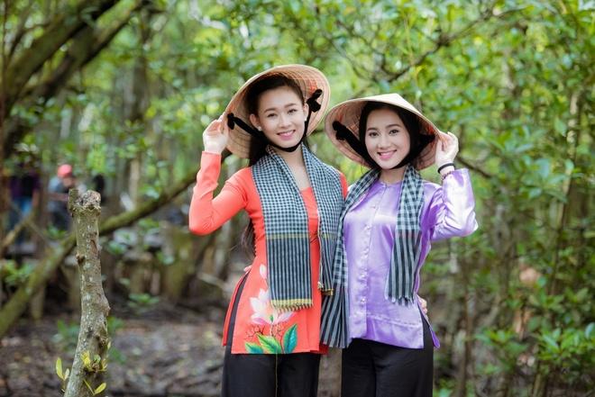 Nguoi dep Hoa hau Viet Nam tham Can Gio hinh anh 2