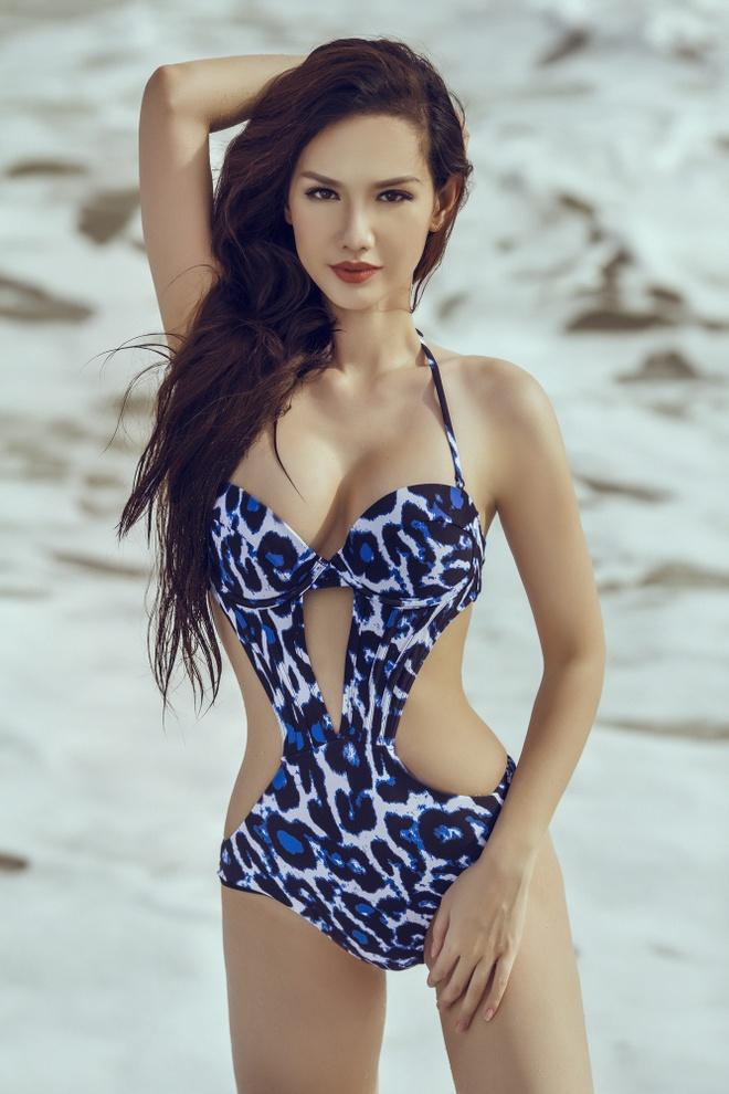 MC Quynh Chi dien bikini nong bong anh 6