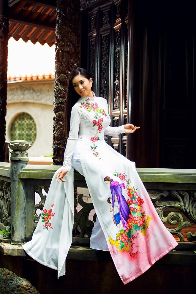 Le Phuong goi y mau ao dai dip Vu Lan hinh anh 3