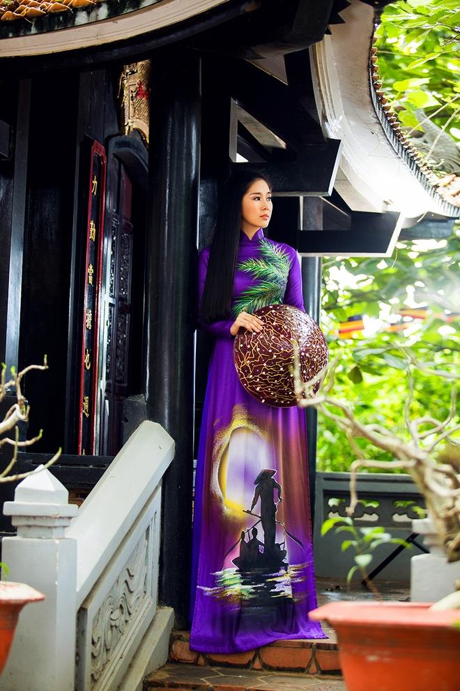 Le Phuong goi y mau ao dai dip Vu Lan hinh anh 4