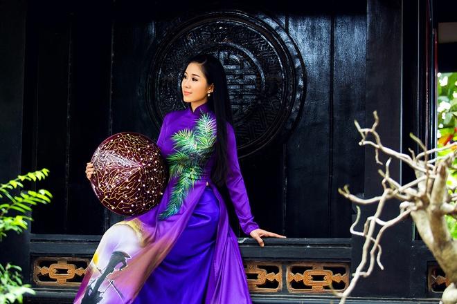 Le Phuong goi y mau ao dai dip Vu Lan hinh anh 7