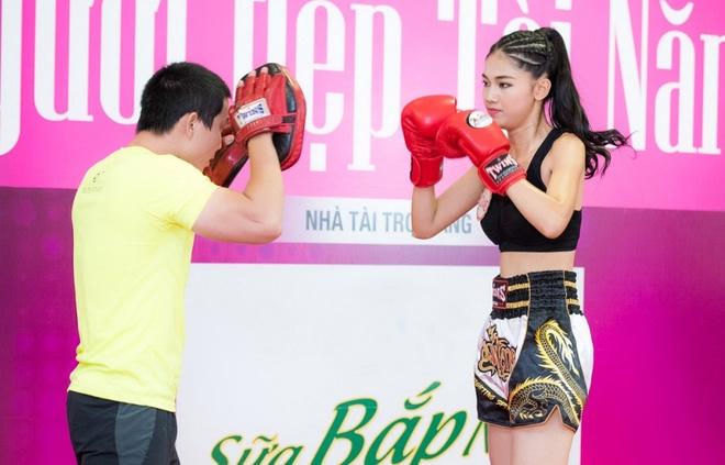 Dang Thu Thao bat khoc truoc phan thi tai nang cua dan em hinh anh 6