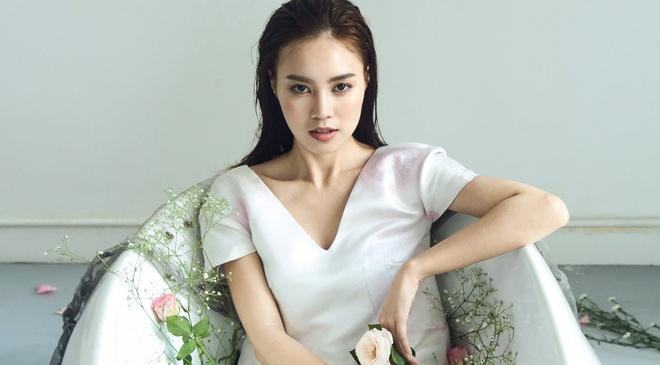Ninh Duong Lan Ngoc yeu kieu voi dam mua ha hinh anh
