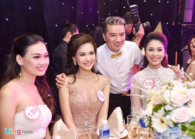 Dang Thu Thao rang ro trong tiec truoc chung ket HHVN hinh anh 4