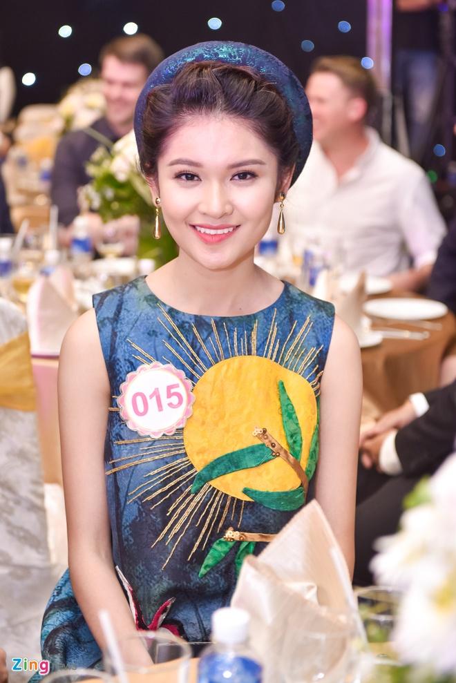 Dang Thu Thao rang ro trong tiec truoc chung ket HHVN hinh anh 7