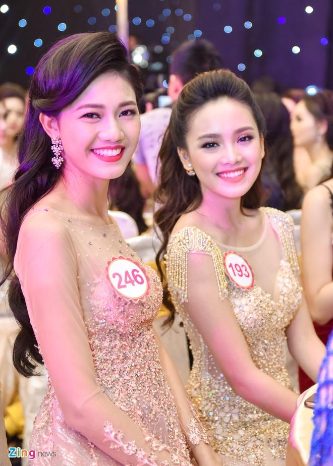 Dang Thu Thao rang ro trong tiec truoc chung ket HHVN hinh anh 9