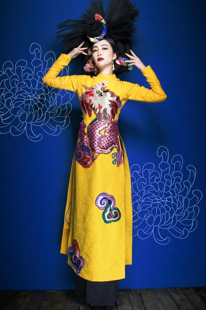 Linh Nga an tuong trong trang phuc truyen thong hinh anh 4