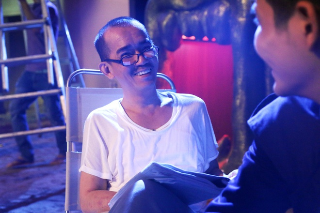 Minh Thuan miet mai dong phim truoc khi nhap vien hinh anh 1