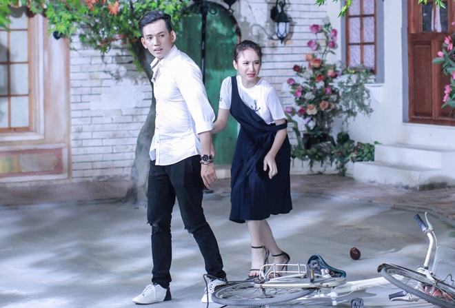 Angela Phuong Trinh bi thi sinh Next Top Model bat nat hinh anh 1