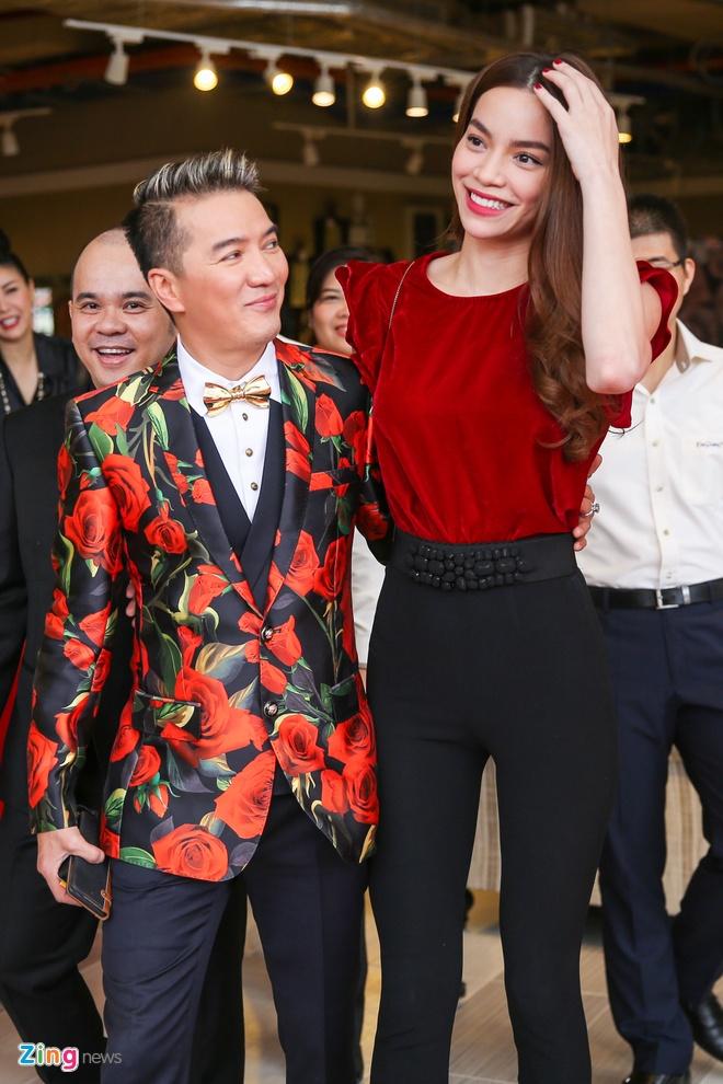 Ho Ngoc Ha than thiet voi Dam Vinh Hung hinh anh 1