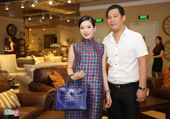 Ho Ngoc Ha than thiet voi Dam Vinh Hung o su kien anh 9