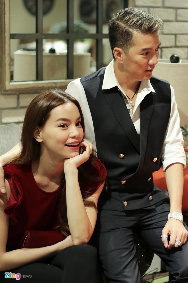 Ho Ngoc Ha than thiet voi Dam Vinh Hung o su kien anh 2
