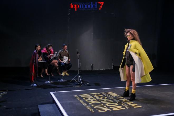 Hot girl cao 1,55 m vao chung ket Next Top Model hinh anh 1