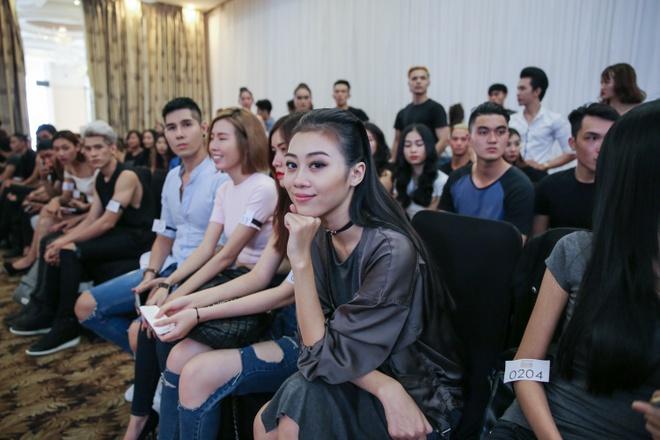 'Nam lun' Next Top Model lot thom ben dan chi cao 1,9 m hinh anh 5
