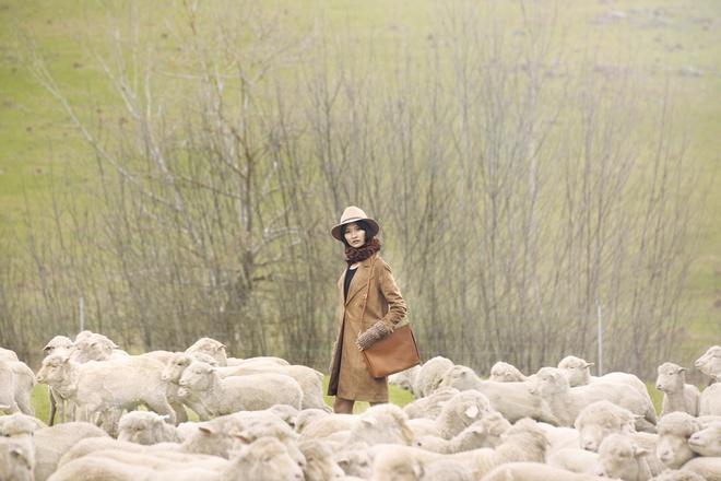 Top 4 Vietnam's Next top Model tao dang giua thao nguyen hinh anh 5