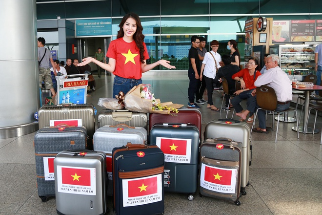 Nam Em mang 150 kg quan ao sang Philippines thi nhan sac hinh anh 3