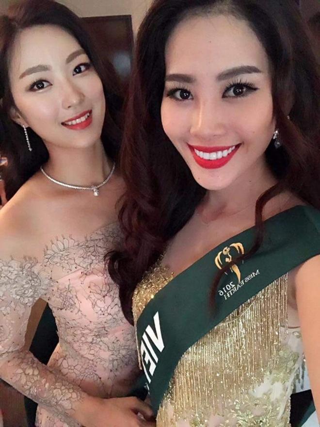 Nam Em dien lai vay cua Pham Huong anh 5