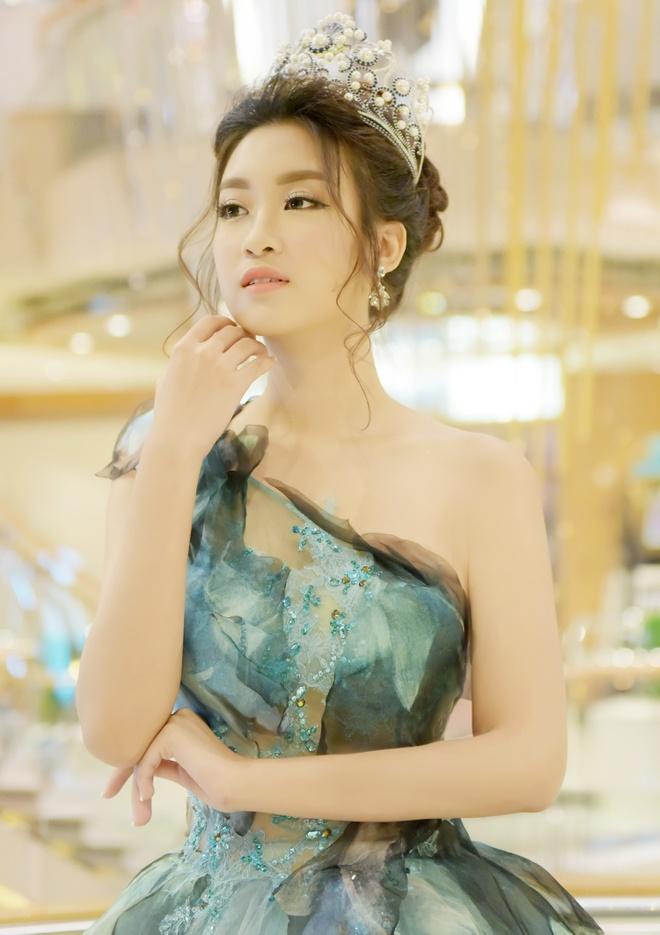 Hoa hau Do My Linh dien dam cong chua du su kien o Dai Loan hinh anh 5