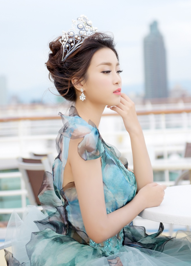 Hoa hau Do My Linh dien dam cong chua du su kien o Dai Loan hinh anh 6