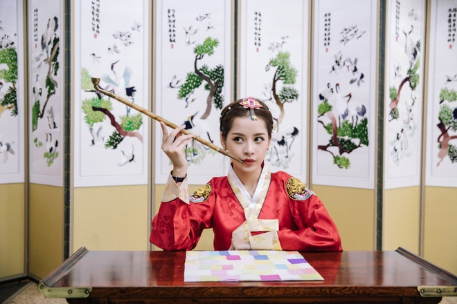 Chi Pu xinh xan trong trang phuc hanbok tai Han Quoc hinh anh 6