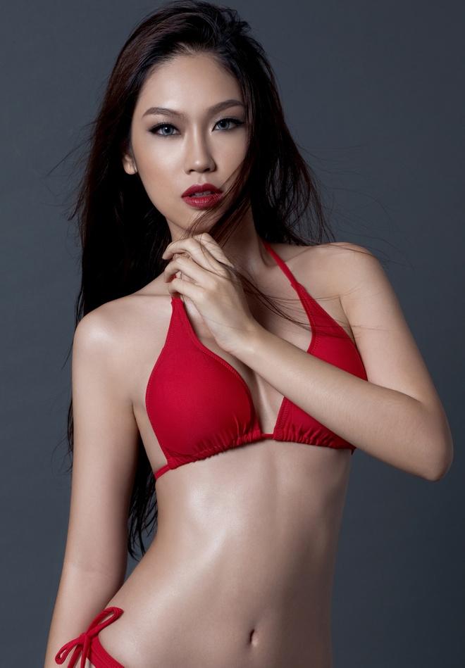 A khoi Phuong Linh cuon hut voi bikini hinh anh 3