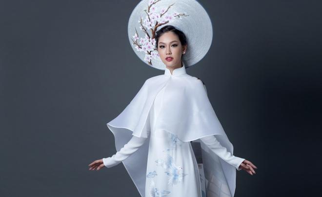 A khoi Ao dai chon quoc phuc in hinh co gai Viet hinh anh 3