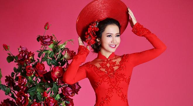 Hoa hau Phu nu Viet Nam qua anh 2012 dien ao dai voan hinh anh