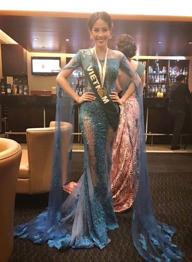 Nam Em lot top 8 Miss Earth anh 6