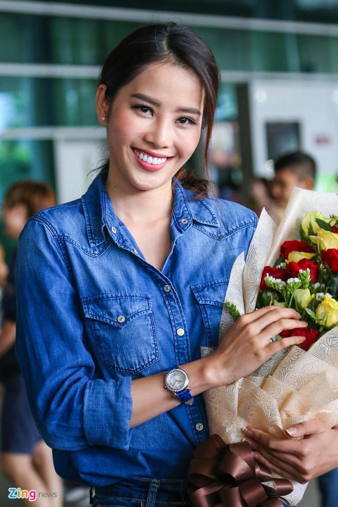 Nam Em rang ro tro ve tu Hoa hau Trai dat 2016 hinh anh 4