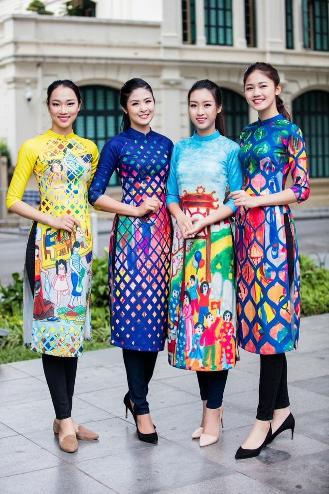 Hoa hau, a hau Viet Nam dien ao dai nhay flashmob hinh anh 1