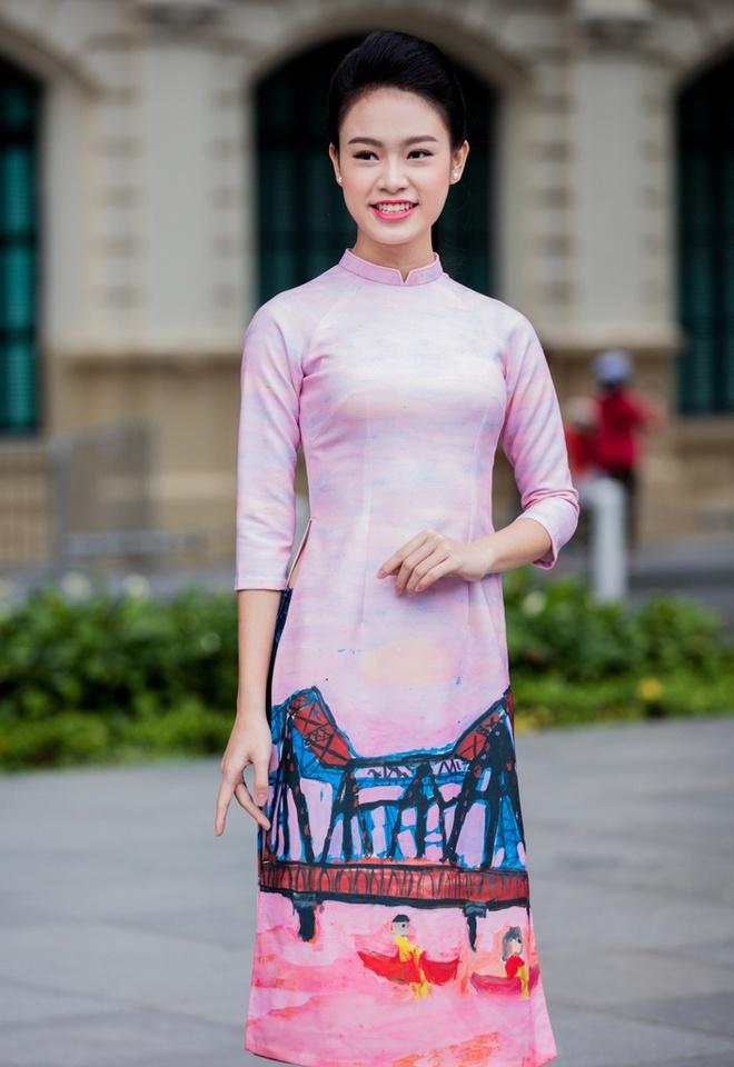 Hoa hau, a hau Viet Nam dien ao dai nhay flashmob hinh anh 8