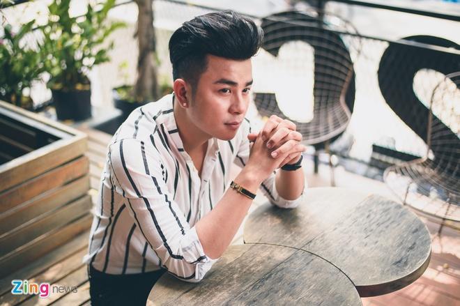 Cha than dong Tin Tin: 'Toi va me con trai khong hop nhau' hinh anh 1