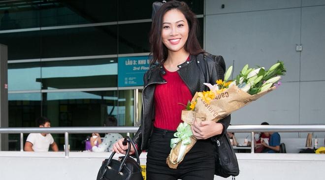 Dieu Ngoc mang 100 kg hanh ly du thi Miss World hinh anh