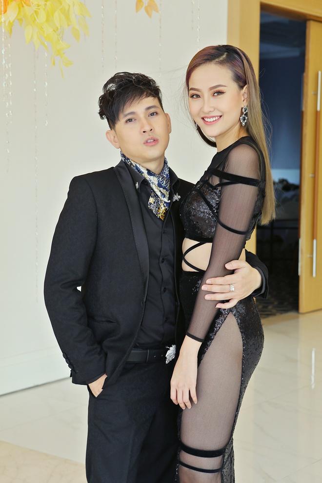 Nguyen Vu be bong Khanh Ngan o su kien hinh anh 1