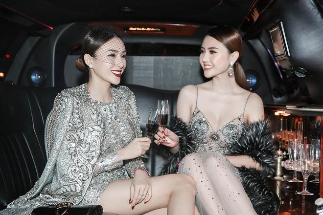 Le Ha, Ngoc Duyen mac goi cam du show Victoria's Secret hinh anh 1