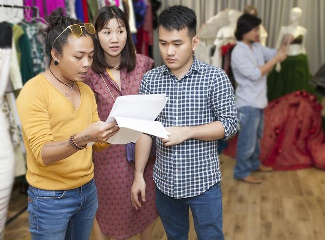 Dan mau mac sanh dieu thu trang phuc Le Thanh Hoa anh 7