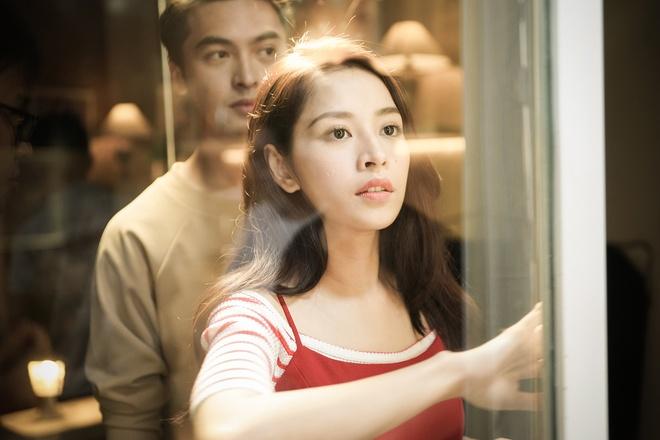 Chi Pu khoe giong hat tren nen guitar trong MV moi hinh anh 1